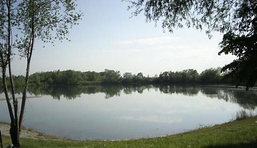 Naturbadweiher im Donautal